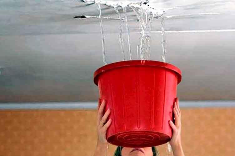 Протекает крыша частного дома и дачи - ремонт крыши в Московской области
